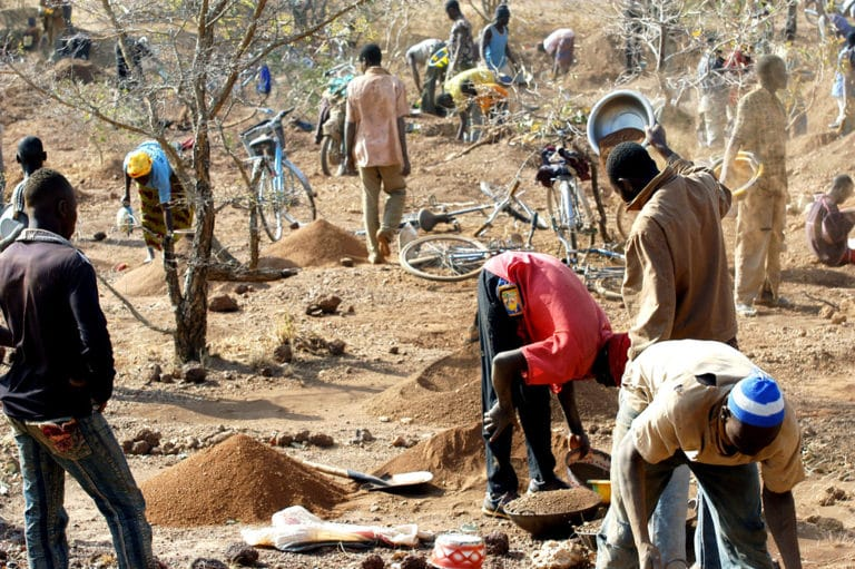 Laying down supply chain due diligence obligations for conflict minerals